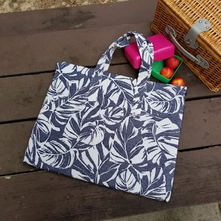 Dobby Palm picnic mat tote bag