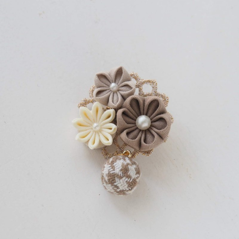 Light Brown Fabric Floral Corsage, Brooch custom