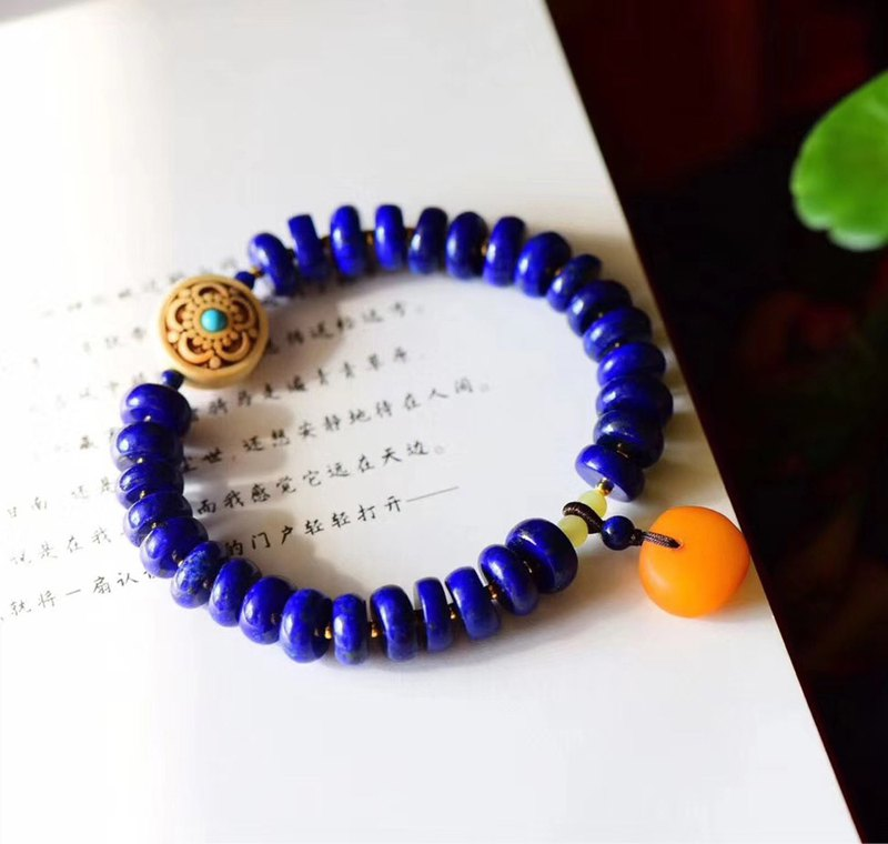 [Welfare price] natural lapis lazuli bead bracelet / embellished old wax safety buckle pendant / hands-on effect is super beautiful