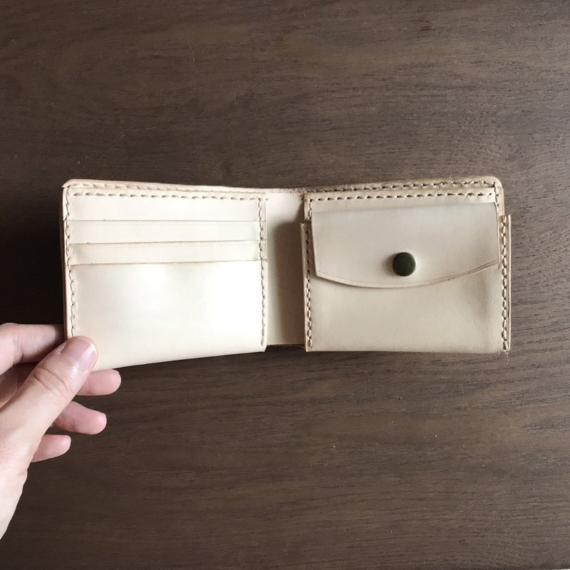 Leather short clip │ handmade wallet │ plant tanned leather │ original leather color