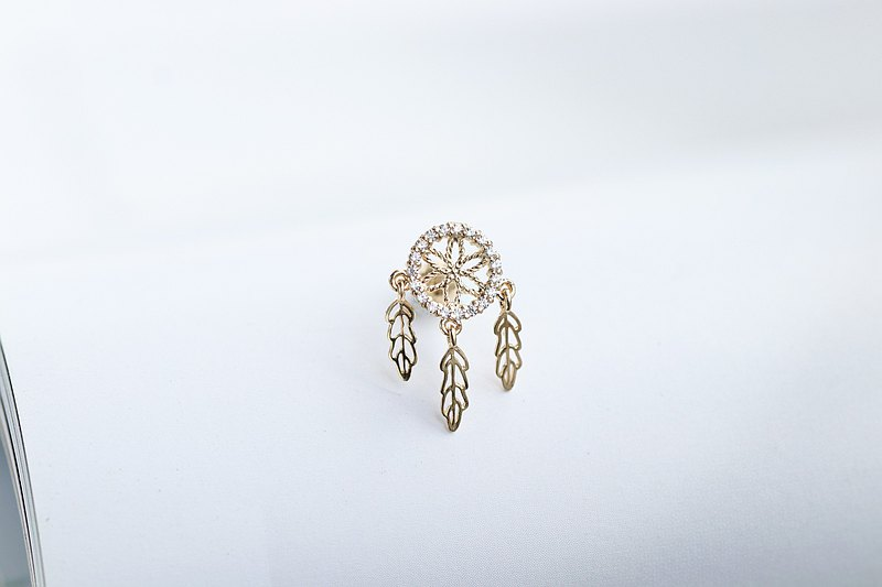 14K Bohemian Feather Lock Bead Earrings (Single)