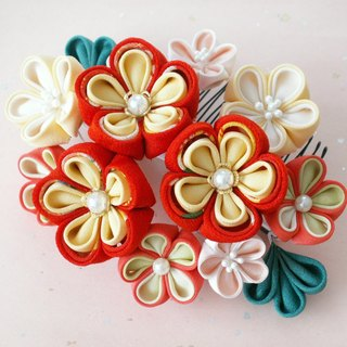 【New Color】 Knitworks Shichigosan and hair ornaments for adult ceremonies 【Hair accessories like flowers · yellow】