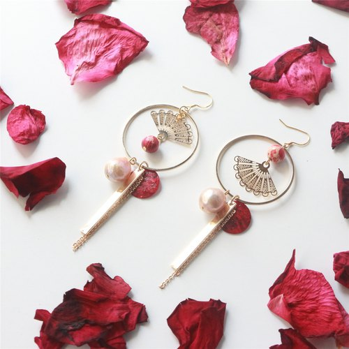 Baroque natural pearl retro fan long earrings