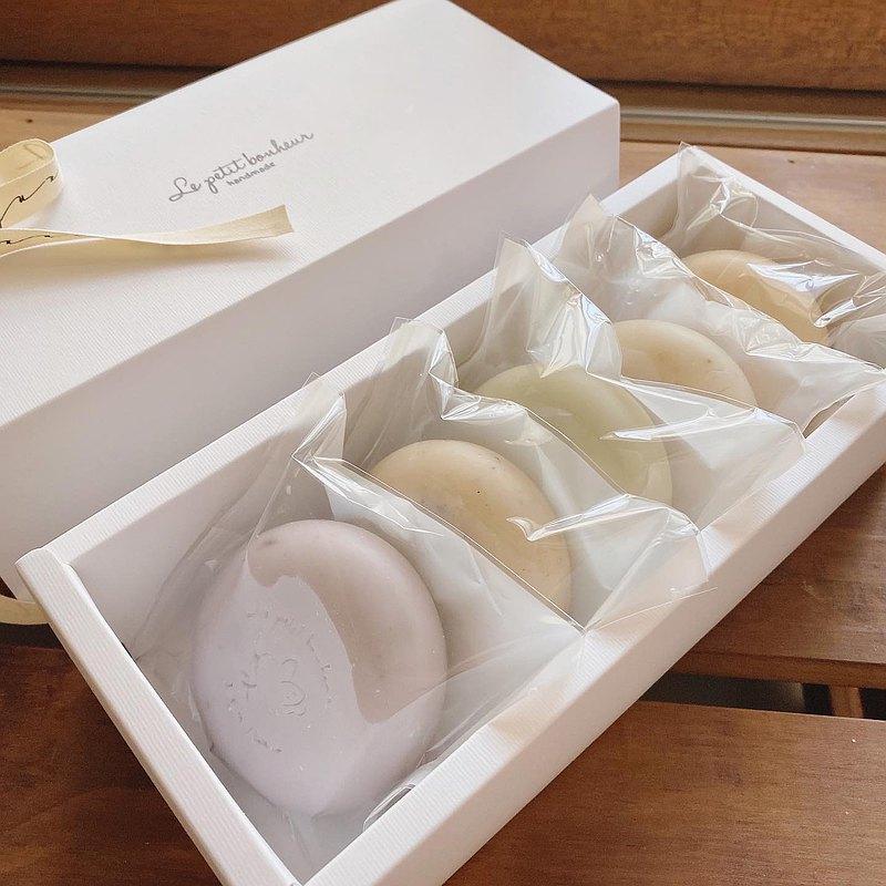 簡單純淨手工皂禮盒