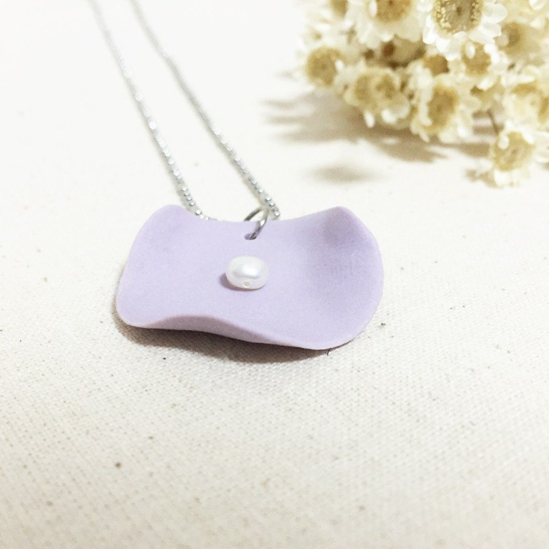 Handmade Clay Lotus Leaf with Pearl Necklace - Lavender