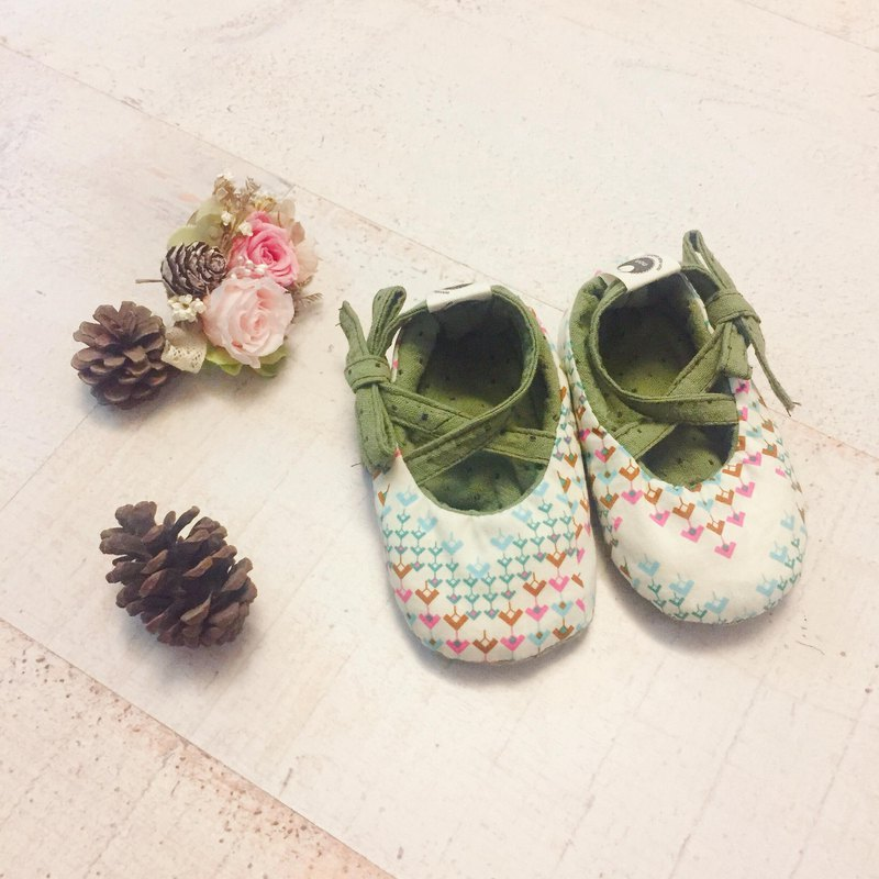 120 United States Jumping geometry X Japan Green Wave Point Hand strap Baby Shoes Baby Shoes Toddler shoes