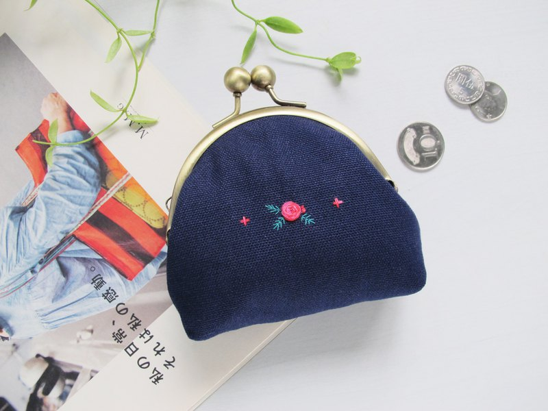 【Hand-embroidered】 double-color rose mouth gold bag / big bead canvas storage bag round mouth gold-free hand-embroidered gold lining