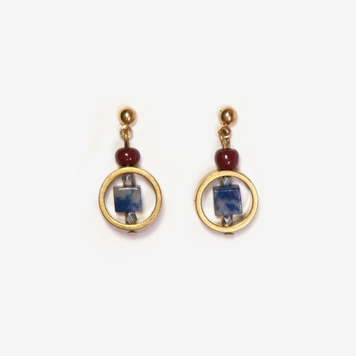 Contrast Color Natural Stone Earrings - Sodalite