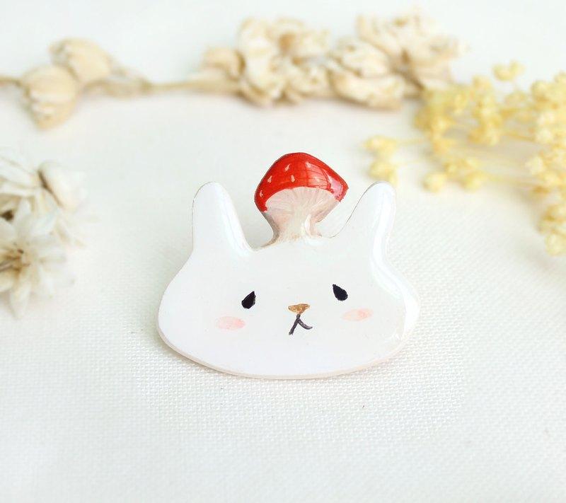 蘑菇 兔子 胸針 /紅色 /  森林系