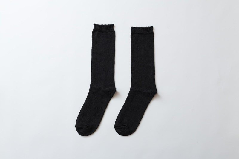 Linen knitted socks black ladies