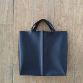 New! Signature tote II by WHITEOAKFACTORY - Navy