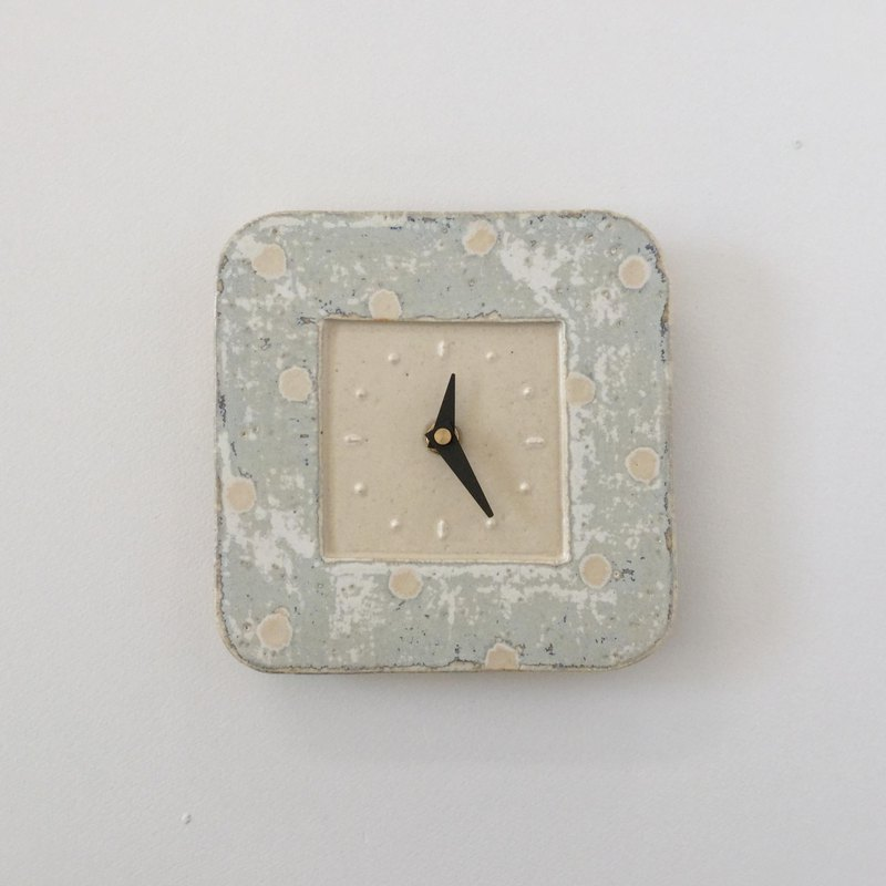 The Square Wall Clock   snow