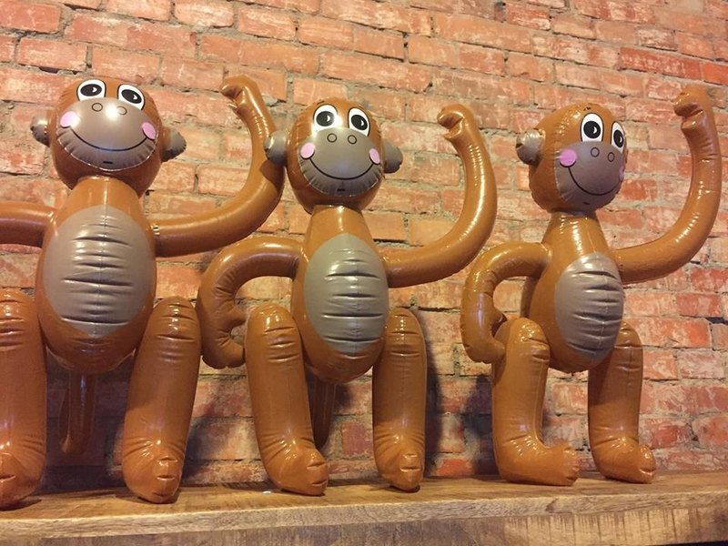 Jeff KOONS: proud monkey balloon