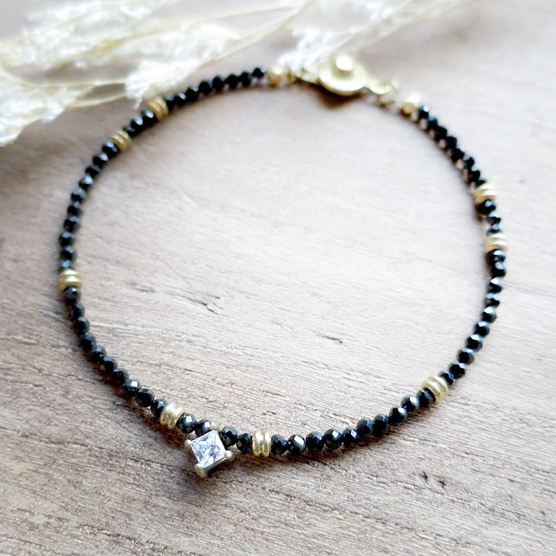 ♦ ViiArt ♦ ♦ dark black spinel natural zircon stone brass bracelet