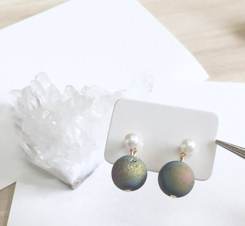 Iridescent Purple Agate Plated Earring
