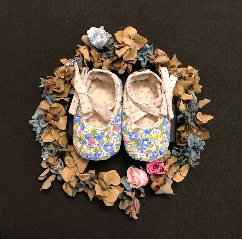 120 Japanese blue flowers X Japan White Dot Manual Lace Baby Shoes Baby Shoes Toddler shoes