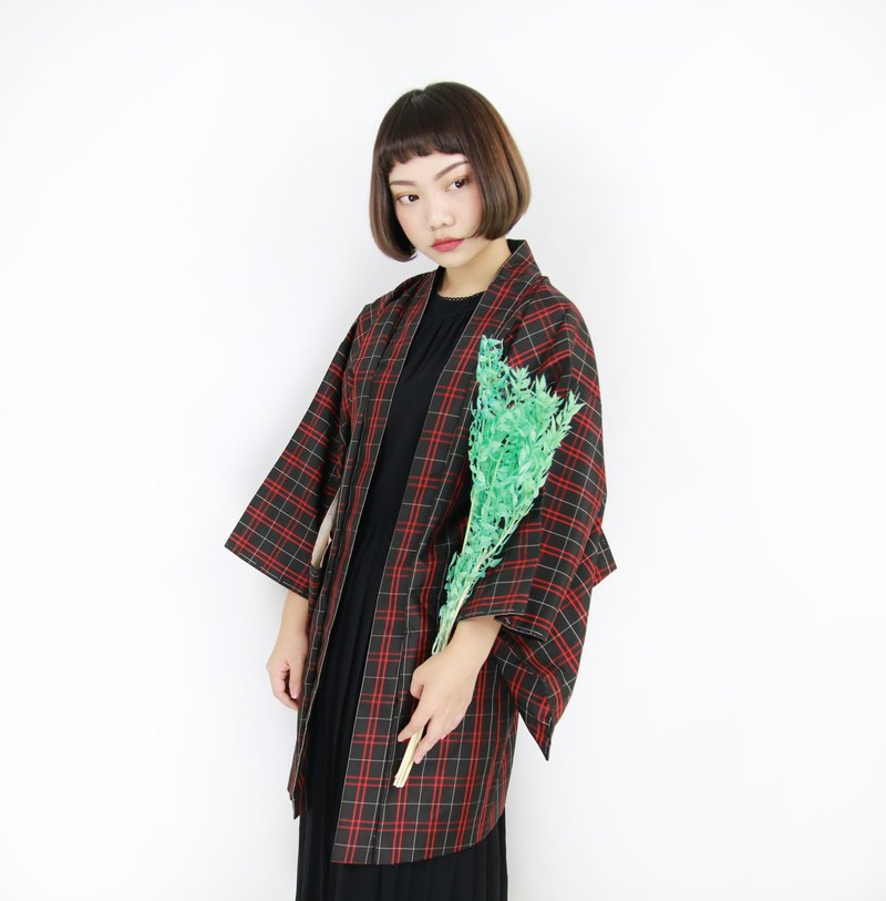 Back to Green :: Japan back to kimono feathers classic checker / / men and women can wear / / vintage kimono (KC-67)