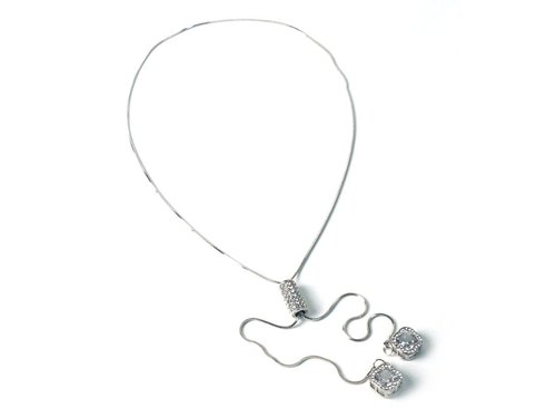 Fashion flash diamond clover strap long necklace