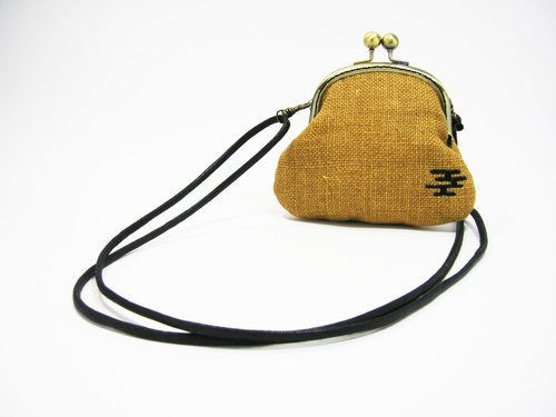 ● into the dark mouth gold shoulder bag (linen) __ as for zuo zuo handmade mouth gold package