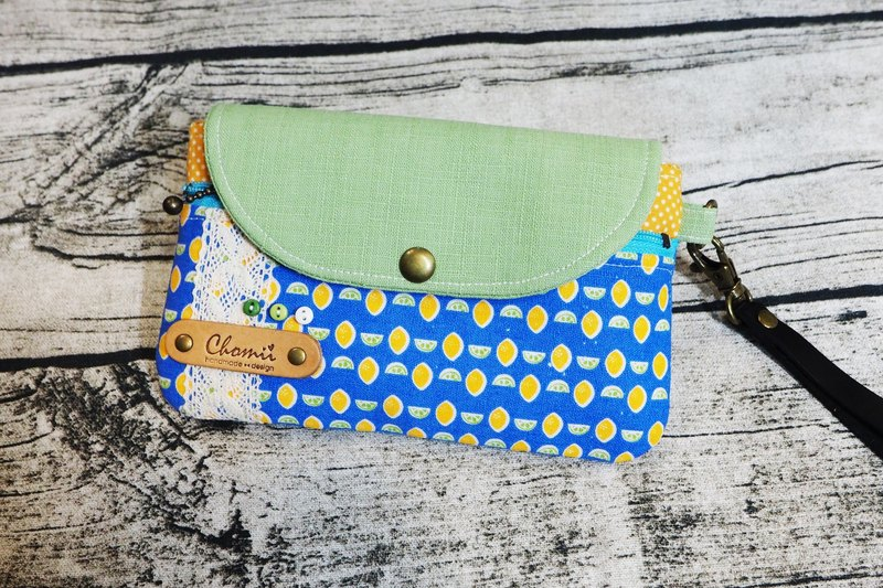 Chomii. Mobile phone bag Clutch Great Lyme