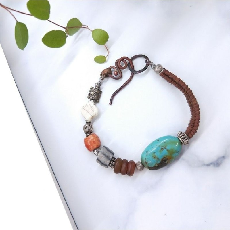 [Unique commodity] handmade turquoise*sterling silver*old glass*砗 磲*red copper assorted hand string