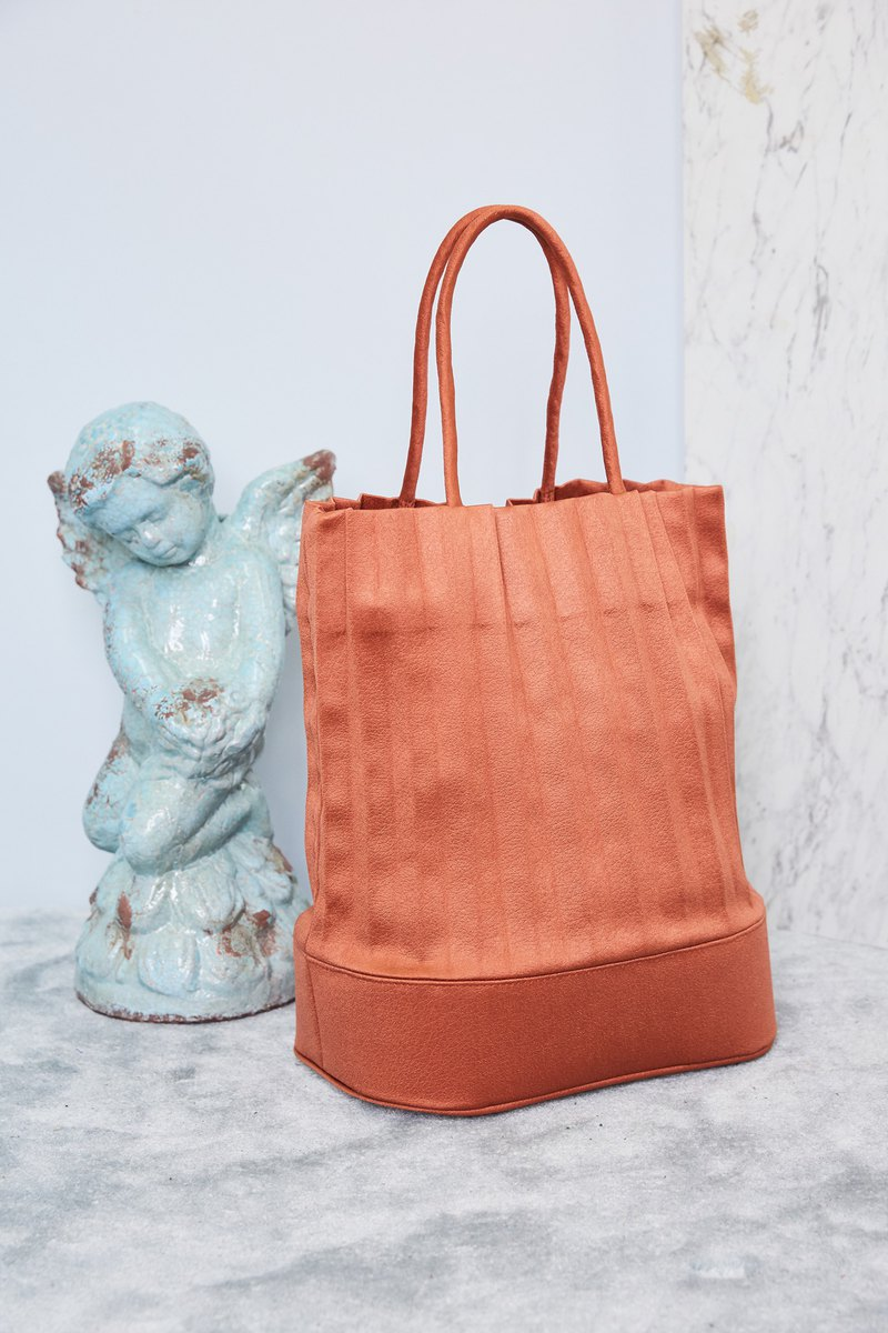 LIMITED EDITION* aPacklet (Regular) Handbag in Ginger