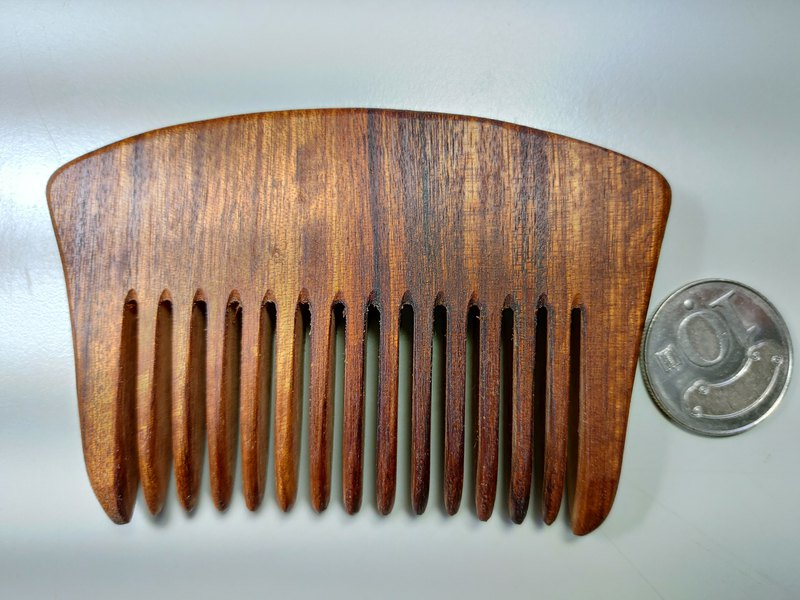 [Taiwan burdock handmade wooden comb] with comb (H)