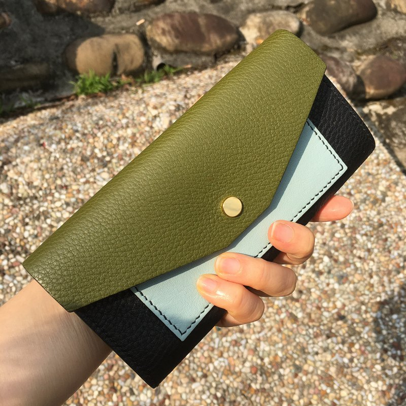 Contrast Envelope Leather Long Clip / Army Green