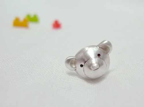 Teddy Bear No.43 Stud Earring--Sterling Silver--Silver Tiny Bear --Cute Bear