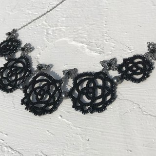 tatted rose necklace (black) / gift / Swarovski crystal pearl / customize