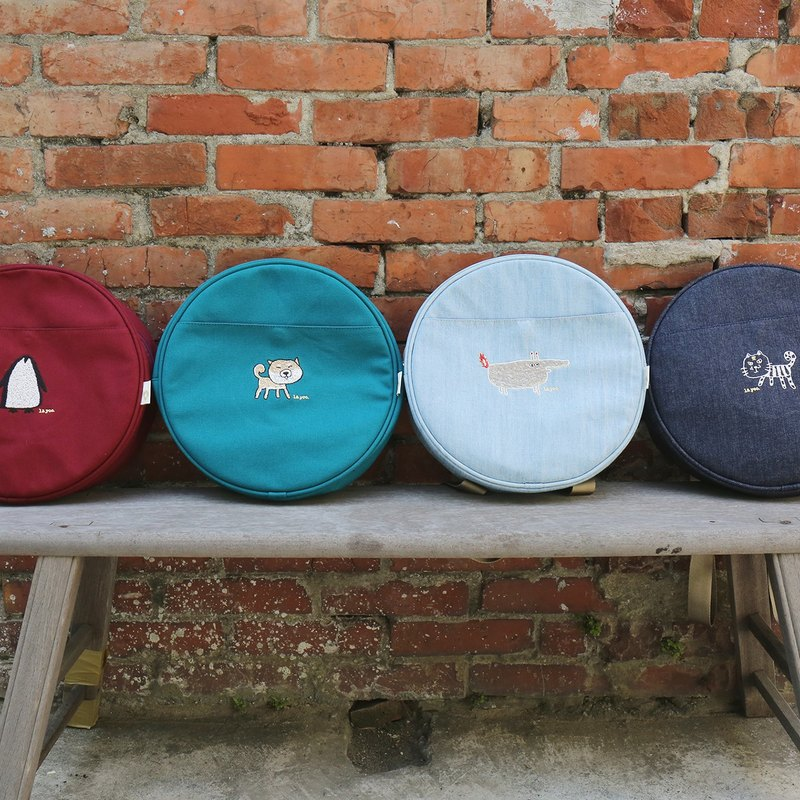 Surprise at the end of the year l embroidered animal luggage storage bag / backpack / side backpack