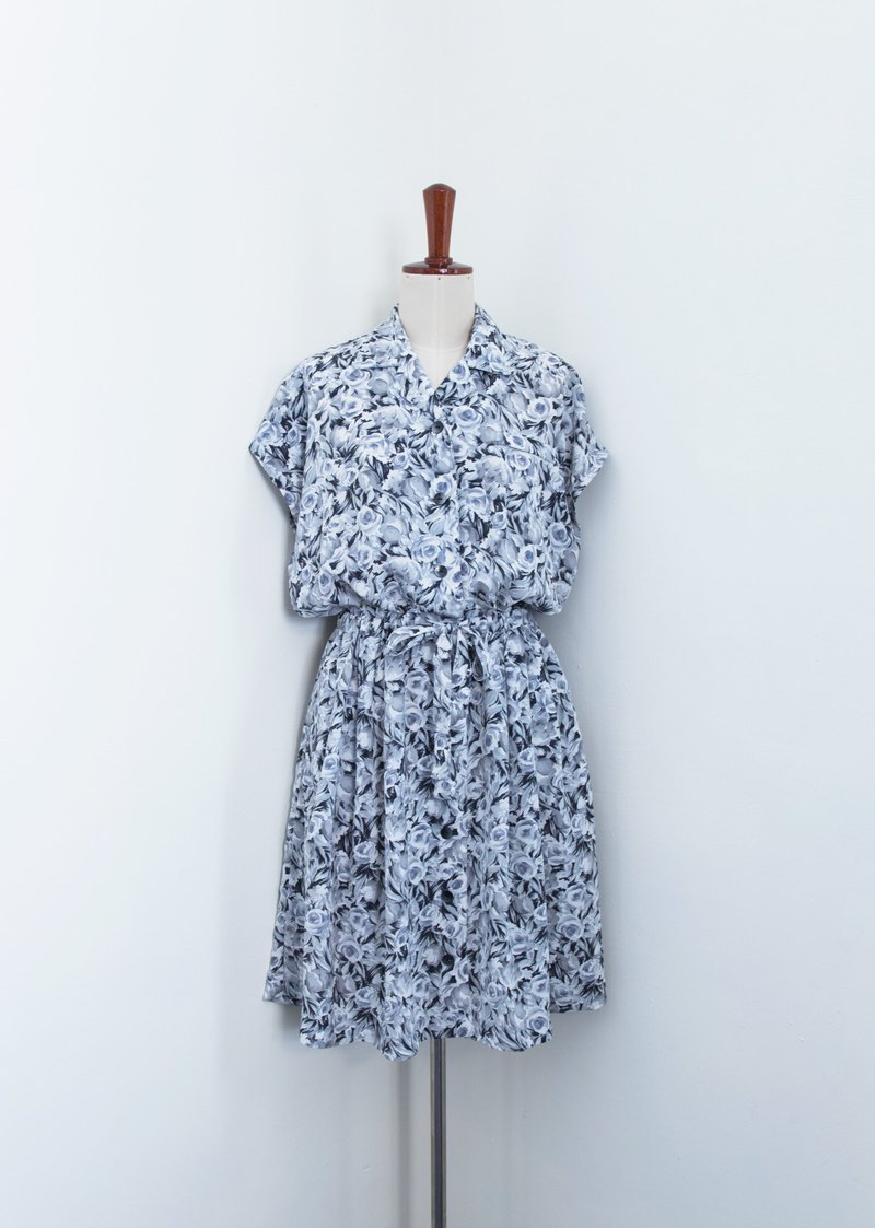 Banana Flyin Vintage :: Crazy Flower :: Vintage Dress with Short Sleeve