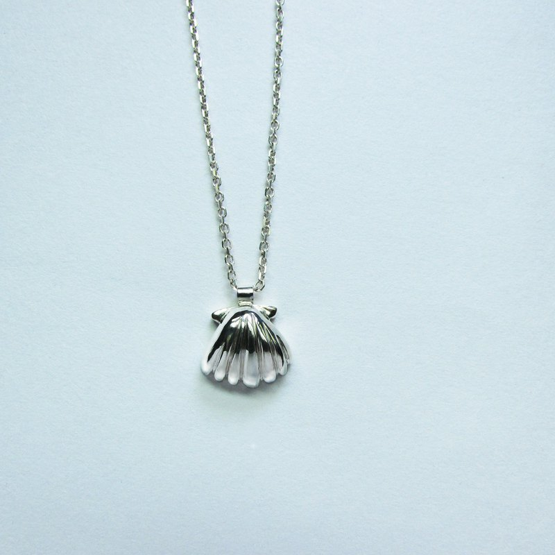 Mittag NL724 shell a necklace shell a necklace 925 sterling silver limited edition