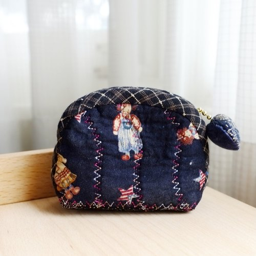 Sea Shell series redhead Anne Purse