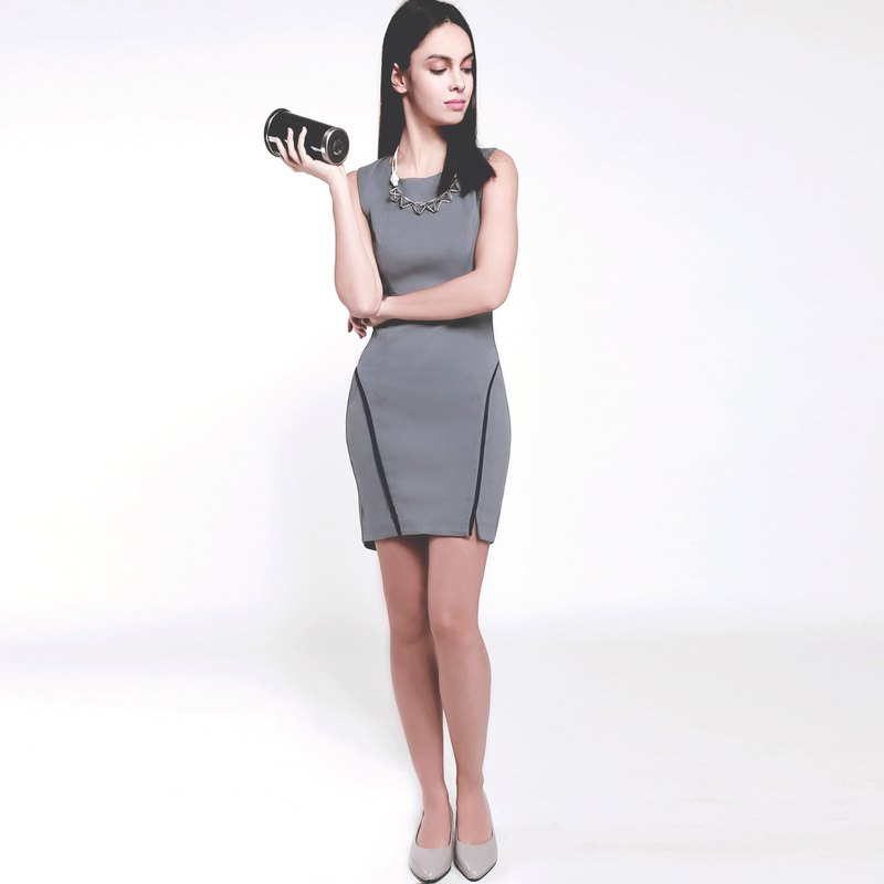 Modern round neck curved hem grey color slim  high elastic fabric bodycon dress