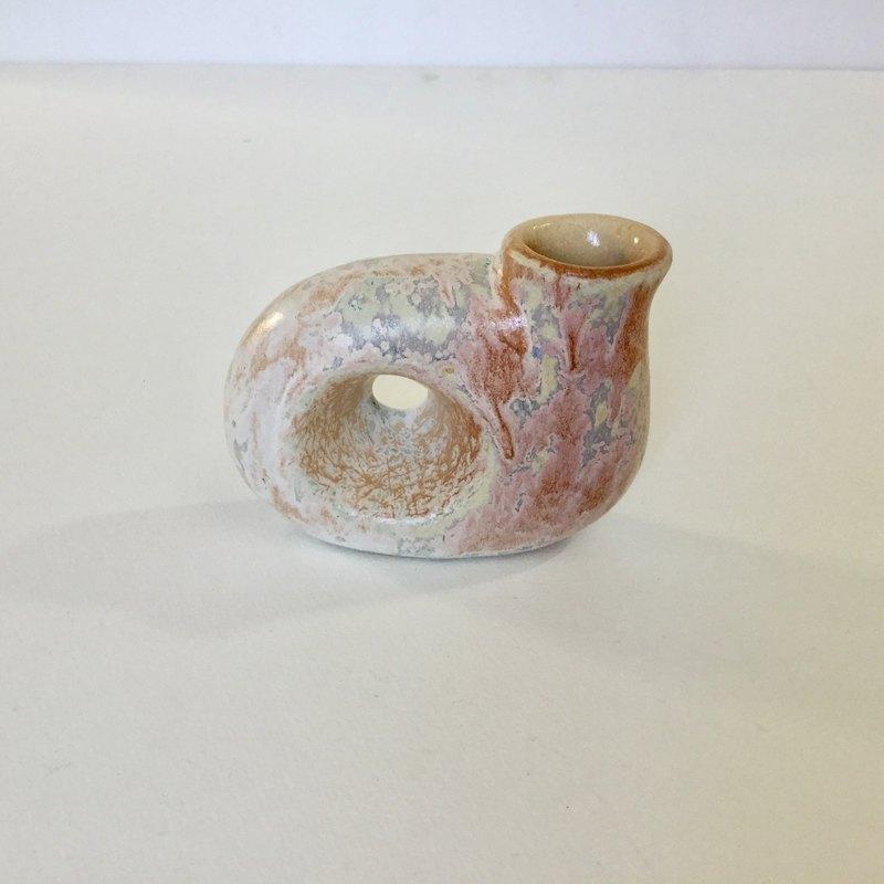 一個花瓶,可以看到另一邊(圓形)1號
