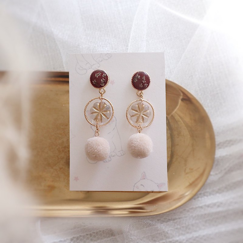 Autumn flower earrings / birthday gift / Christmas gift / retro / wine red / ear clip / rice white wave ball