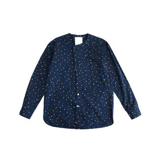 Triangle printed collarless shirt