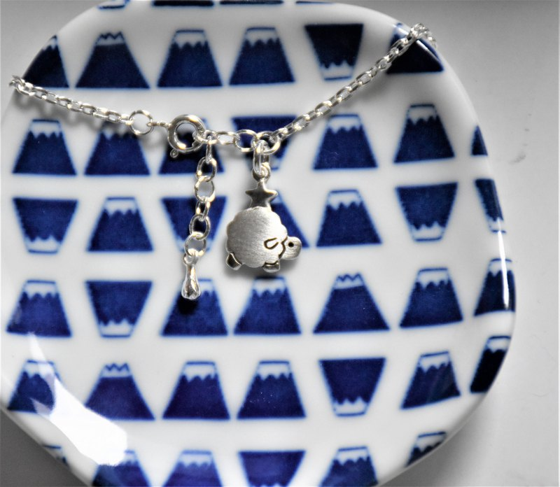 **~ Sheep with stars + sterling silver bracelet + extended training ~**sheep + pure hand made