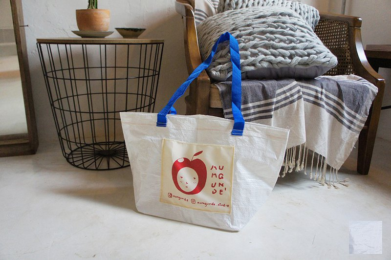 可愛的白色購物袋