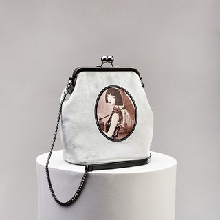 CoinQian velvet vintage mouth bag shoulder Messenger bag silver gray