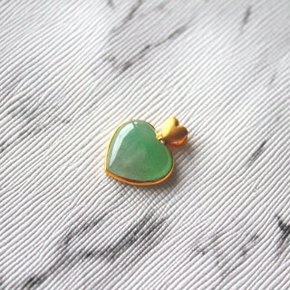Journal-Bing Xin Bingyang Green Double Hearts Floating Natural Jade (Burma Jade) 18K Gold Necklace Pendant