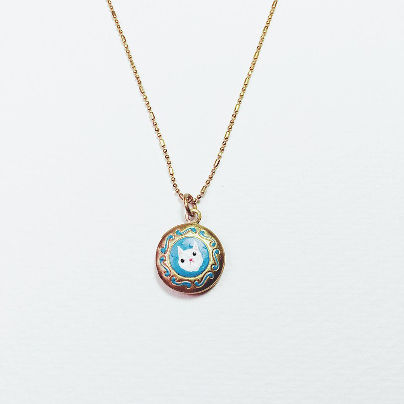 Hand-painted small frame necklace-kitten