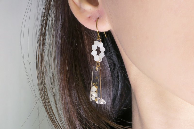 OUD Original-14Kgf-Natural White Crystal-Baroque Pearls Drop Earring/Clip-on