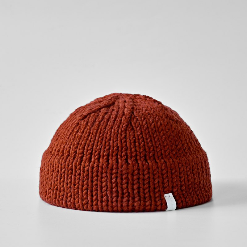K008 Hand-knitted Ultra-short Dome Cap Sailor Cap - Brick Red