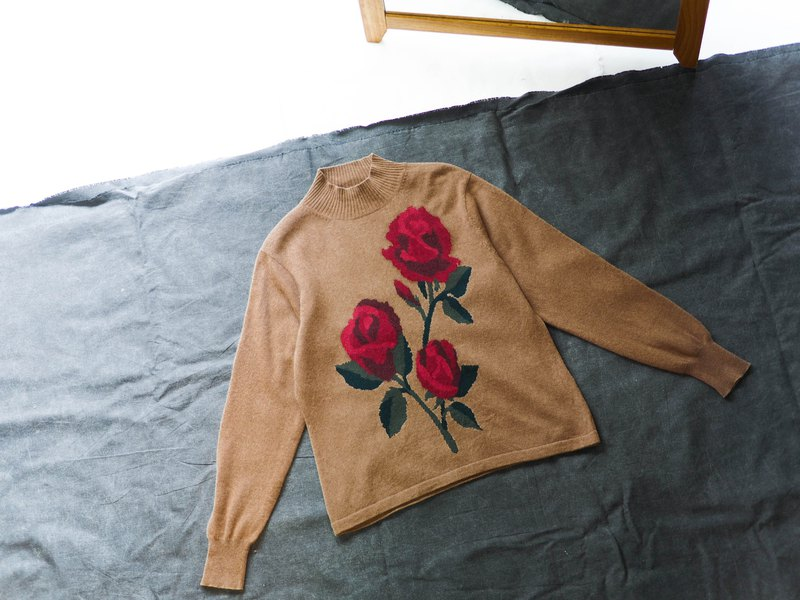 Urban soil yellow cone heart rose love winter bloom antique cashmere vintage cashmere sweater cashmere