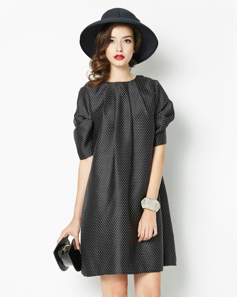 袖抓褶緹花洋裝(附皮帶)Jacquard Dress with Ruffle Sleeve (with Belt)