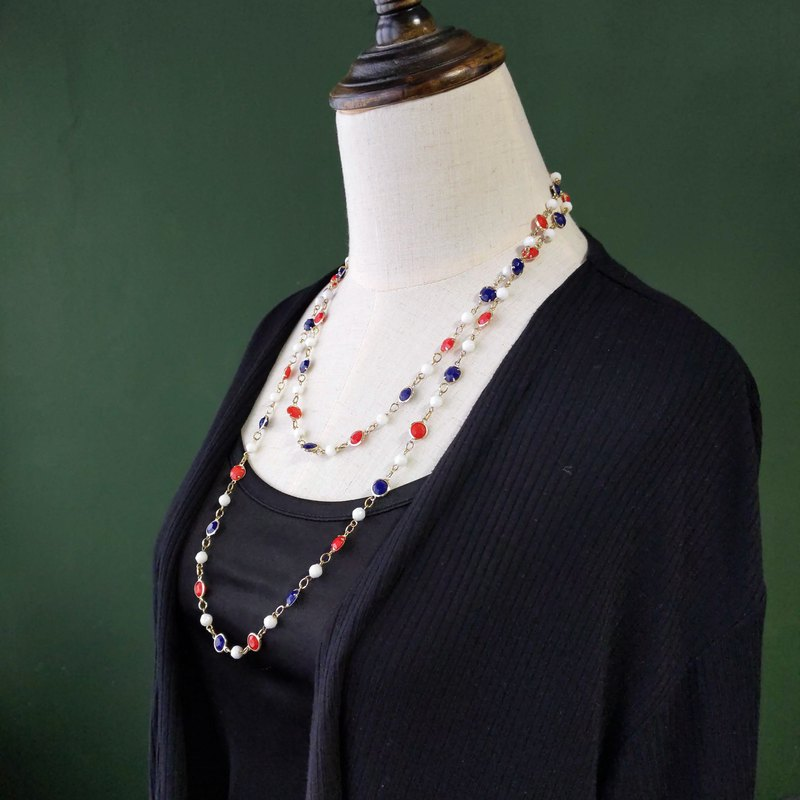 [Antique Jewelry / Old Western Items] VINTAGE Red White Blue Gold Chain Vintage Necklace