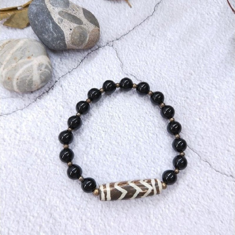 Bracelets. Black coral*Wood grain Tianzhu*simple personality wild hand