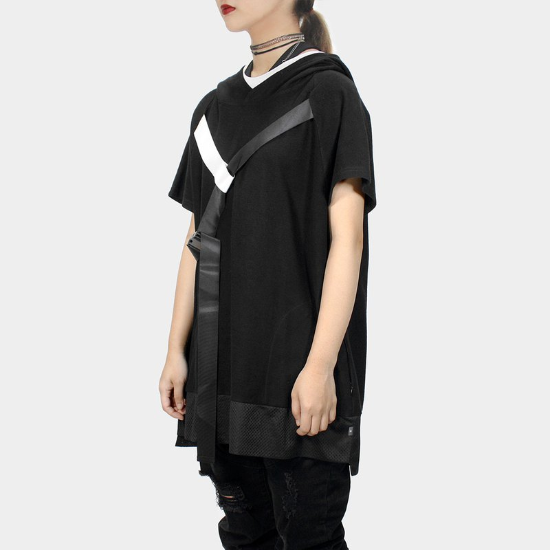[ionism] oblique sleeve webbing short cap T black